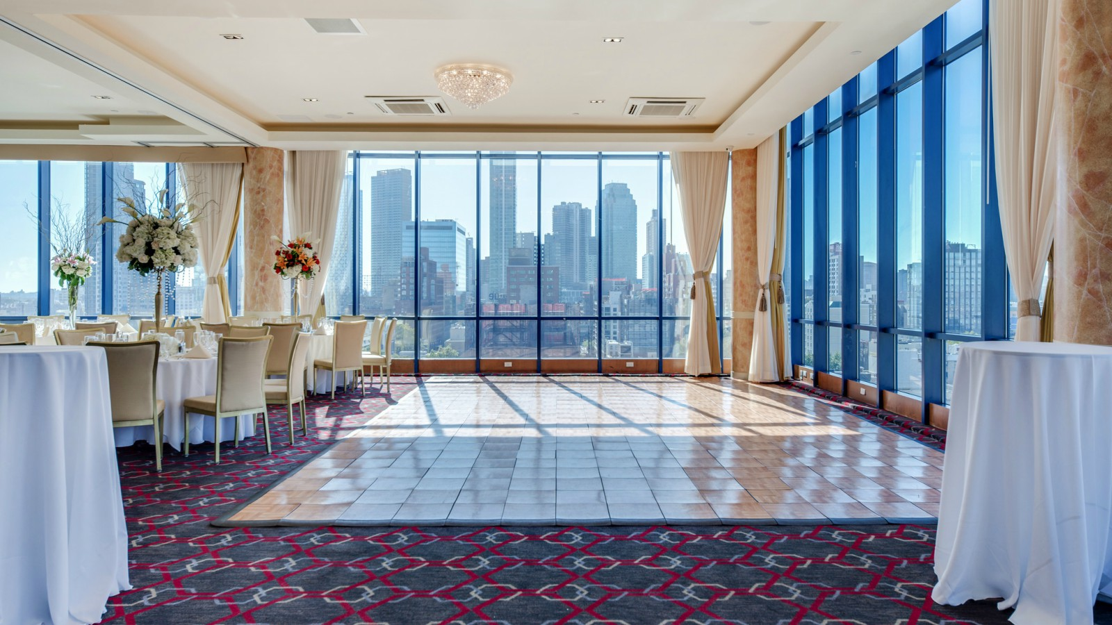 Long Island City Meeting Space - Penthouse Ballroom Space